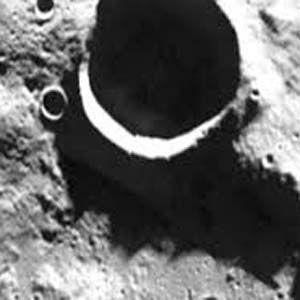 La Luna es hueca y fue creada por alienígenas antes que la Tierra
