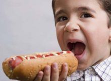 maquina para hacer hot dog, fundacion contra la leucemia.