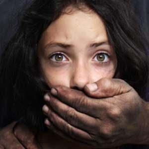 Víctimas de abuso sexual infantil sin compensación por artilugios legales