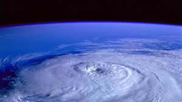 Fumigaciones 0 EE.UU usó geoingeniería, para los huracanes