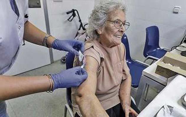 Industria farmaceutica laboratorios: vacuna 10% efectividad
