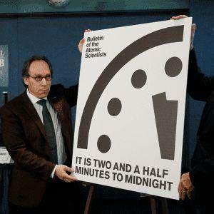 Científicos de EE.UU ajustaron el Reloj del Juicio Final a las 23.58 horas
