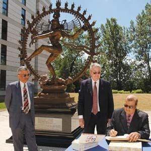 CERN: experimento mata a tres científicos y causa daños al colisionador
