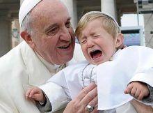 sacerdotes0 220x162 - El Papa Francisco absuelve a Sacerdotes Pedófilos: les ordena que recen 3 Avemaría
