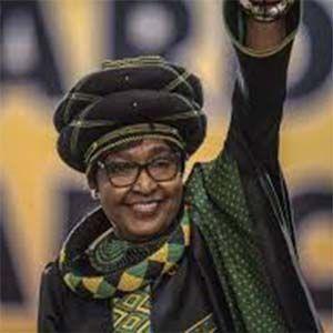 Winnie Mandela solía golpear, torturar y matar niños por placer personal