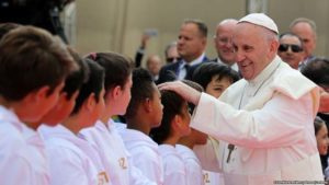 Francisco Papa: ¿El Papa Francisco amenaza para los niños? 0