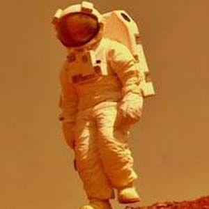 Libro planeta rojo: los humanos aterrizaron en Marte a principios de los 70