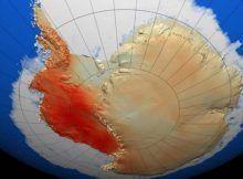 massive iceberg breaks off antarctica.