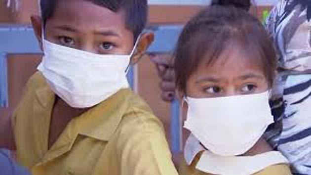 Centro de vacunacion: 1 prohíben las vacunas infantiles