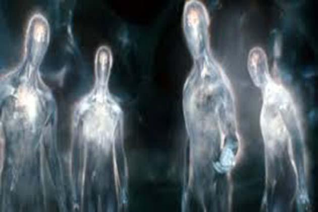 Extraterrestre: 1 seres interdimensionales visitan la Tierra