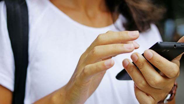 Telefonos moviles: en riesgo datos de contacto e información privada