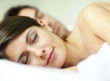 Beneficios de dormir sin ropa: es una manera de disfrutar de su descanso