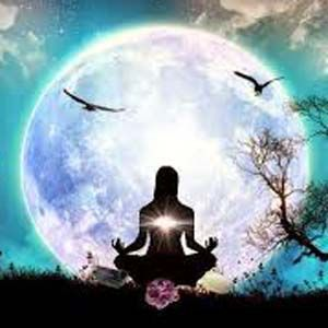 Practicar la meditación a la mañana para combatir el estrés