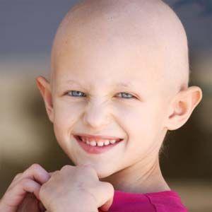 Tratamiento de ablación tumoral, se inyecta etanol en un tumor sólido