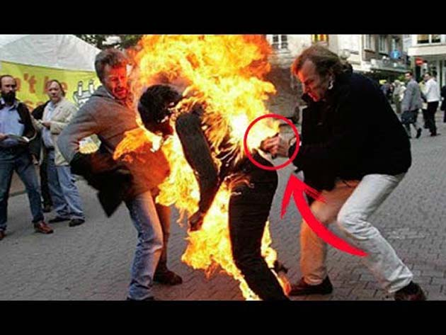 Londres Inglaterra: 1 los testigos describen a un hombre en llamas