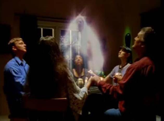 Medium espiritista gratis: 1 tiene comunicación con difuntos