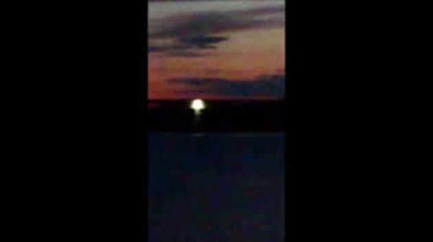 Suecia: 1 filman OVNI absorbiendo agua del lago Mälaren
