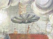 Pintura mural: el fresco muestra un OVNI flotando sobre una iglesia