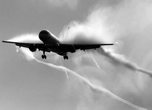Maquina para fumigar: reducir población humana en millones