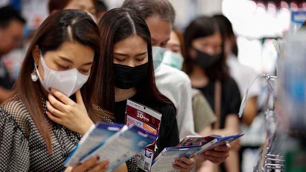 Muertes: podría infectar al 60% de la población mundial