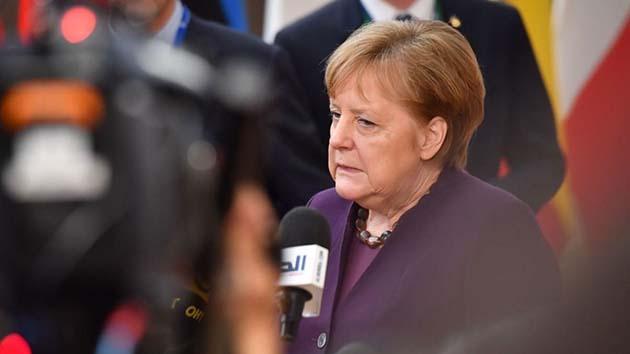 Merkel: el 70 por ciento de Alemania ahora está en riesgo