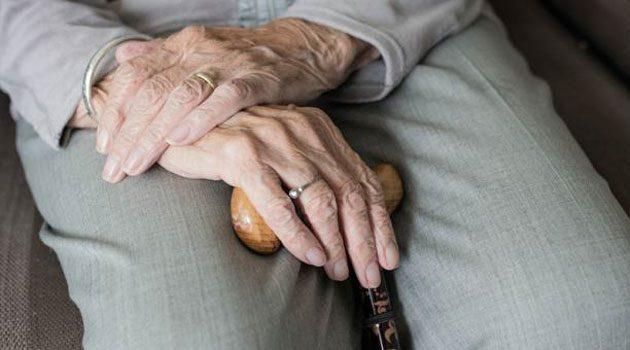 Personas mayores: 30.000 muertes en hogares de ancianos