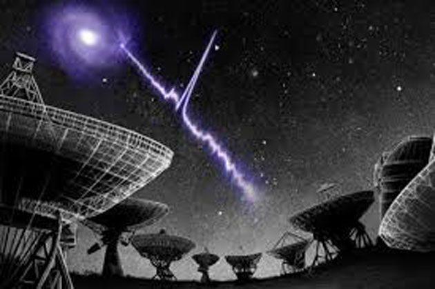 Ráfaga de radio: ráfaga de radio rápida llamada FRB 121102