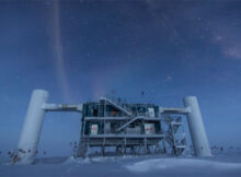 Partículas de antimateria: una única partícula ultraligera que chocó contra el hielo antártico con la energía atronadora de 6.300 mosquitos voladores.