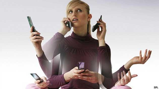 00 Teléfonos inteligentes: parte de la vida cotidiana 00