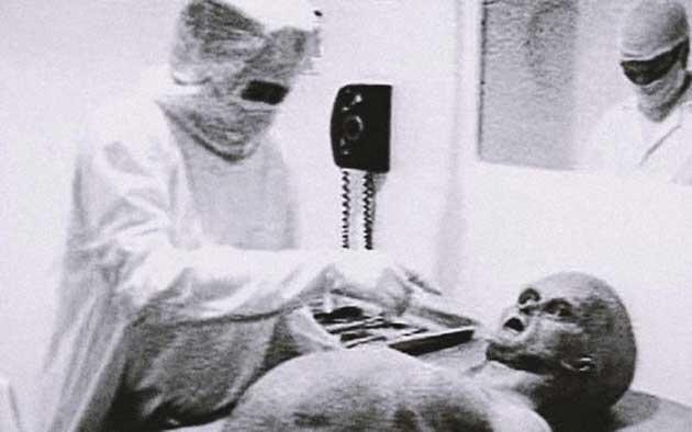 00  Subasta fotograma de autopsia alienígena Roswell  00